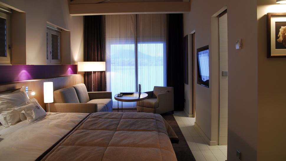 Jiva Hill Park Hotel — Crozet, France
