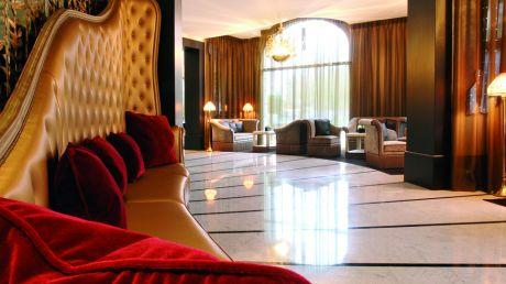 Hôtel Fouquet's Barrière Paris - Paris, France