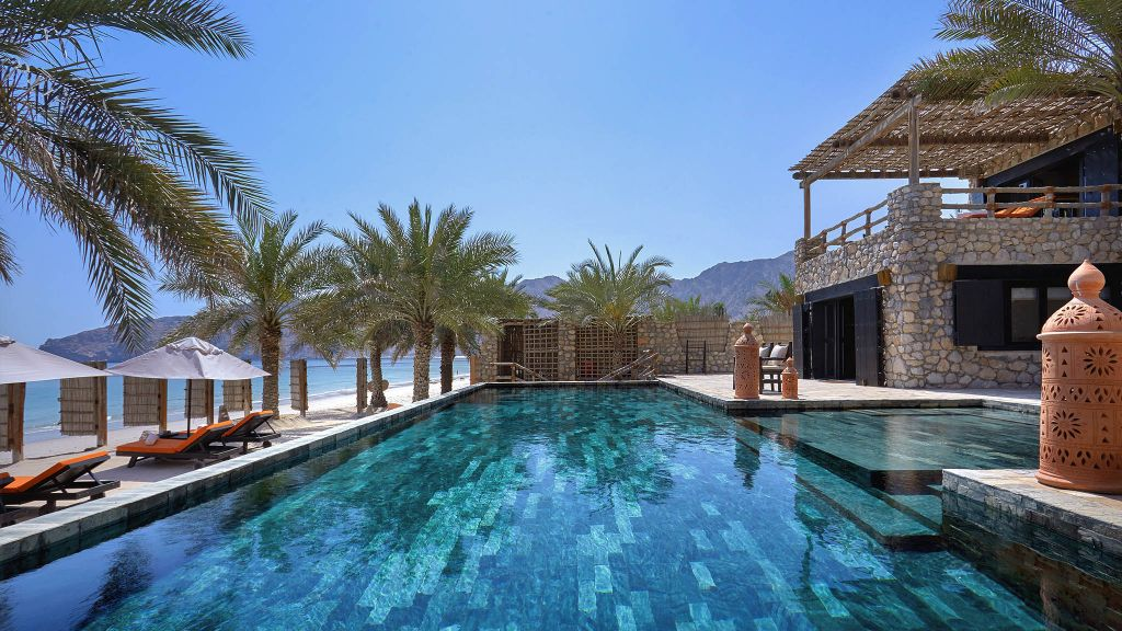 luxury eco-friendly hotels, sustainable travel, luxury hotels oman, Six Senses Zighy Bay Oman
