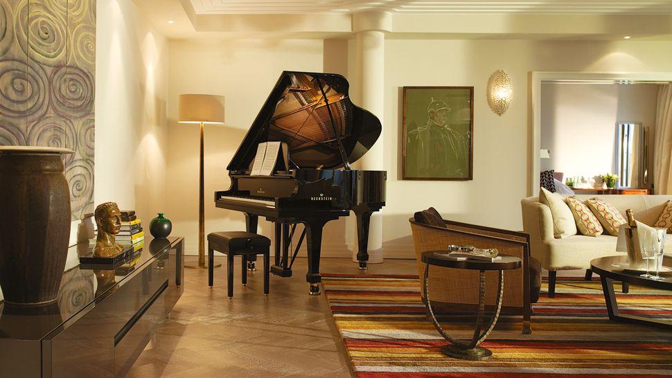 american living room piano - photo #34