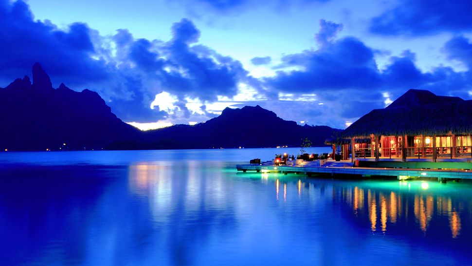 The st regis bora bora resort bora bora french polynesia for What to buy in bora bora