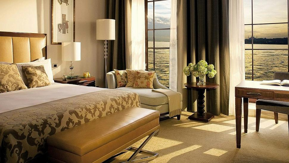 Four seasons hotel istanbul at the bosphorus marmara turkey for Hotel interior design