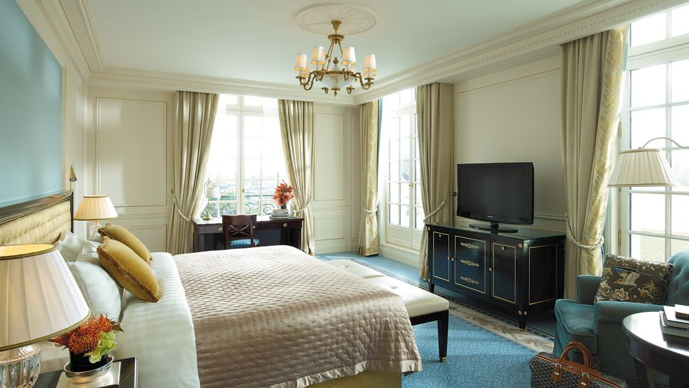Shangri la hotel paris le de france france for Luxury hotels paris france