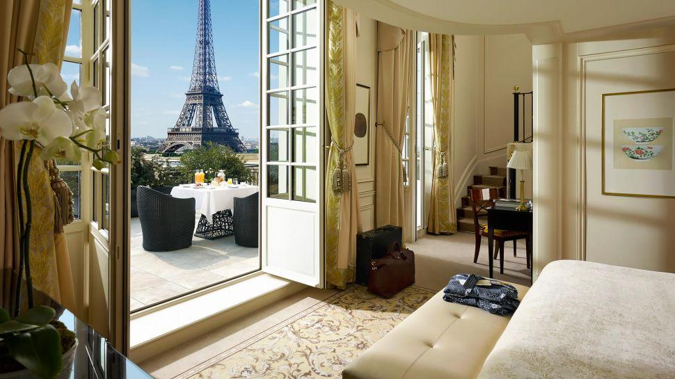 Shangri la hotel paris paris le de france for Hotel in eiffel tower paris