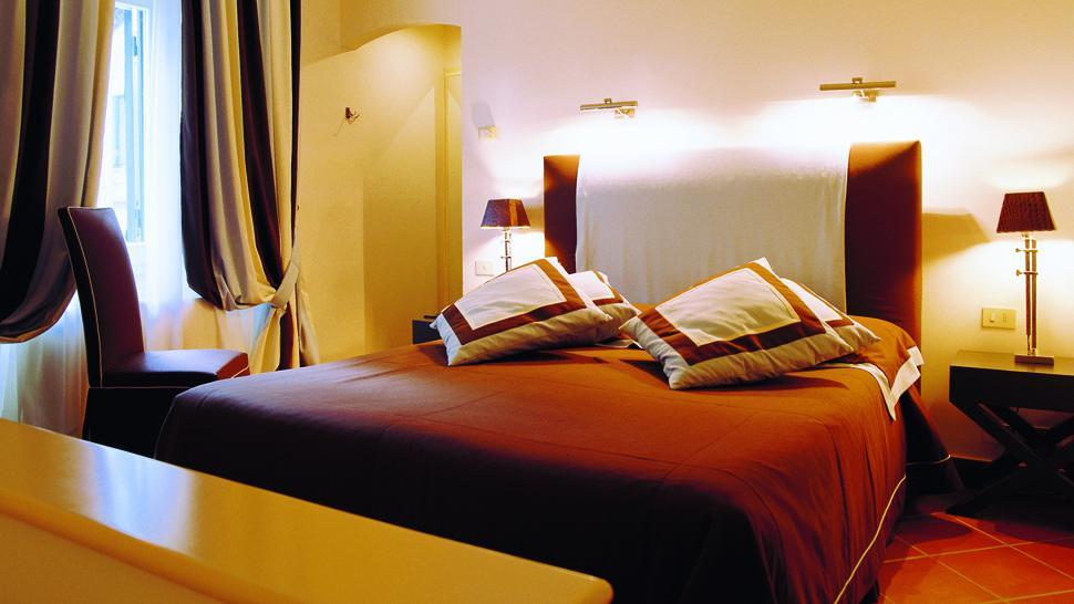 Hotel Byron — Forte dei Marmi, Italy