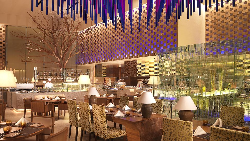 Intercontinental dubai festival city dubai united arab for Gucci hotel dubai