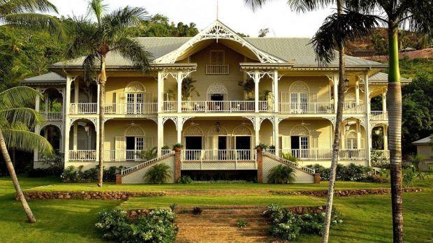 The Peninsula House — Las Terrenas, Dominican Republic