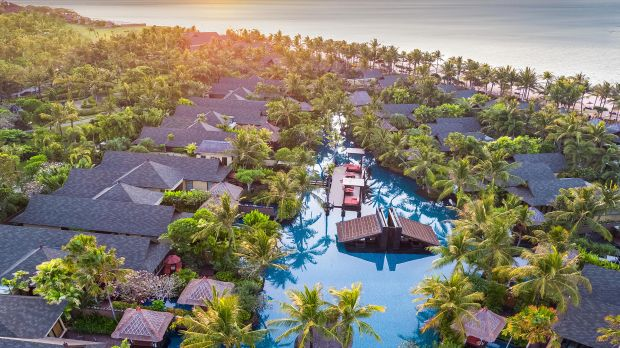 Explore luxury honeymoon hotels in Bali