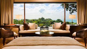 bedroom jungle view