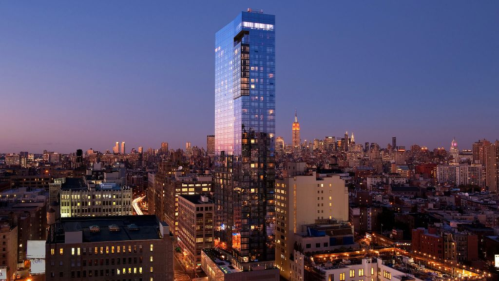 Luxury hotels in new york kiwi collection for Expensive hotel in new york