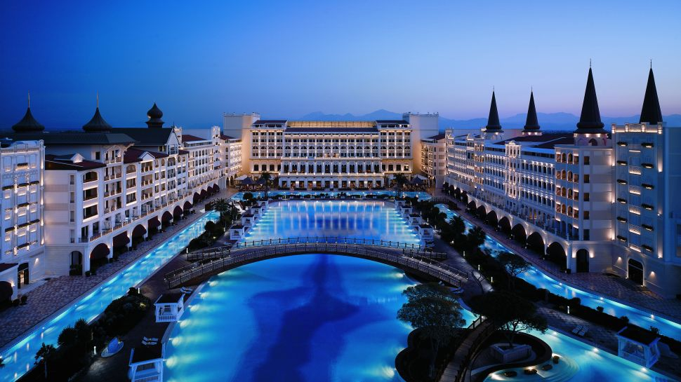 Mardan palace antalya region mediterranean for Nicest hotel in the world dubai