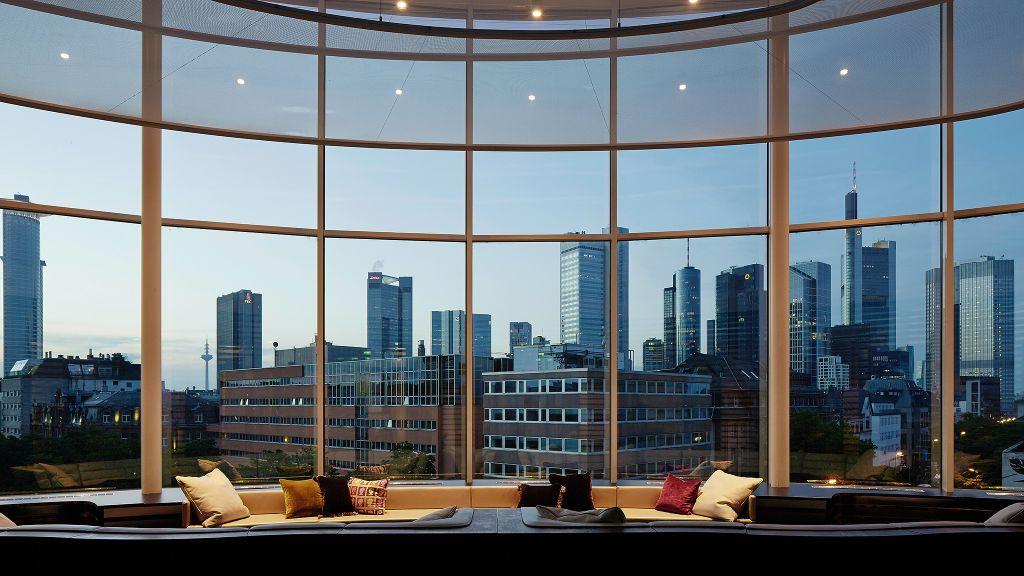 roomers frankfurt frankfurt hesse. Black Bedroom Furniture Sets. Home Design Ideas