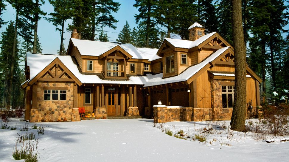 1000 images about cabins and lodges on pinterest luxury for Luxury winter cabins