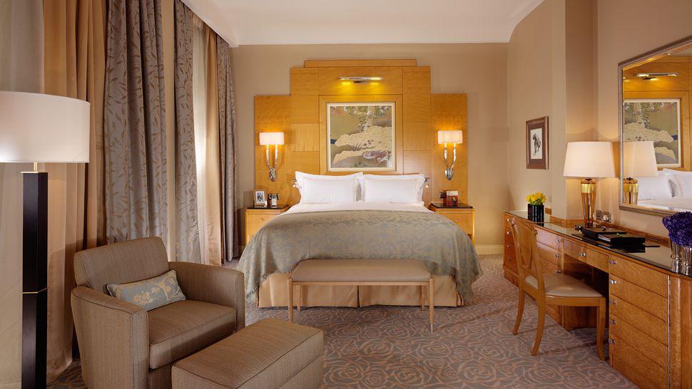 The savoy england united kingdom for Art nouveau interior design bedroom