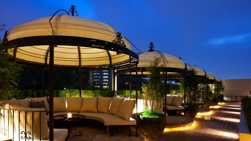 Banyan tree club spa seoul seoul korea south for Open terrace restaurants