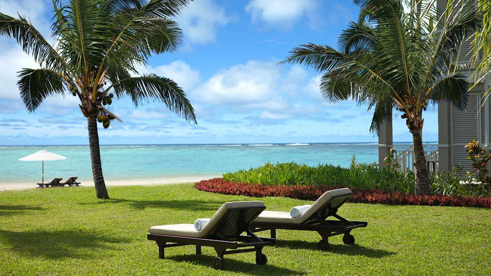 The st regis mauritius resort black river district for Design hotel mauritius