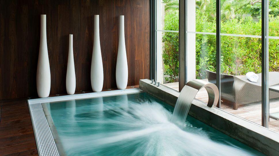 hotel sezz st tropez provence alpes c te d 39 azur france. Black Bedroom Furniture Sets. Home Design Ideas