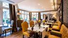 restaurant seating at Castille Paris