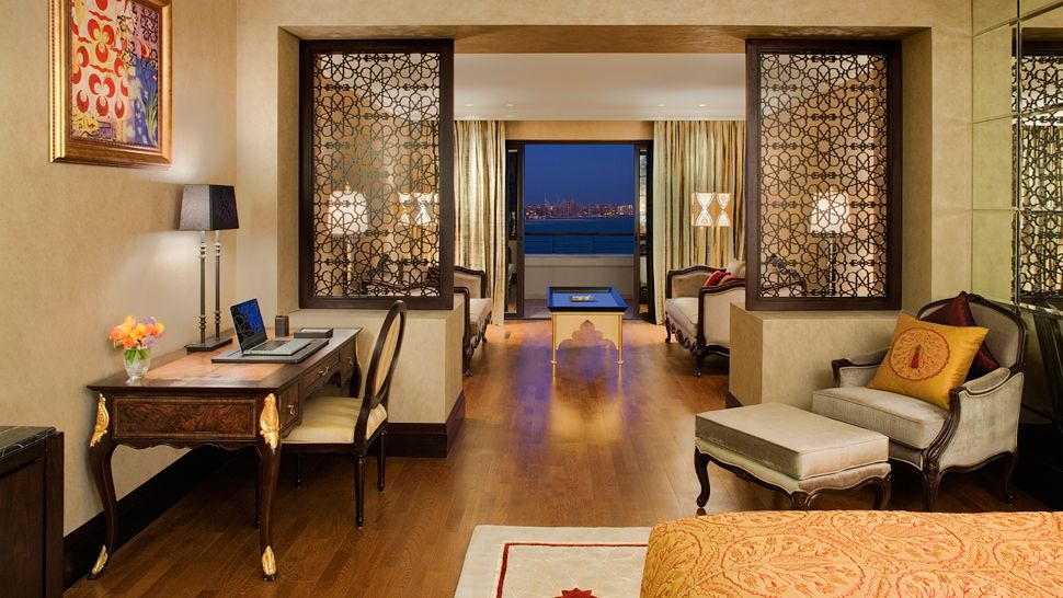 Jumeirah zabeel saray dubai united arab emirates for Junior room decor ideas