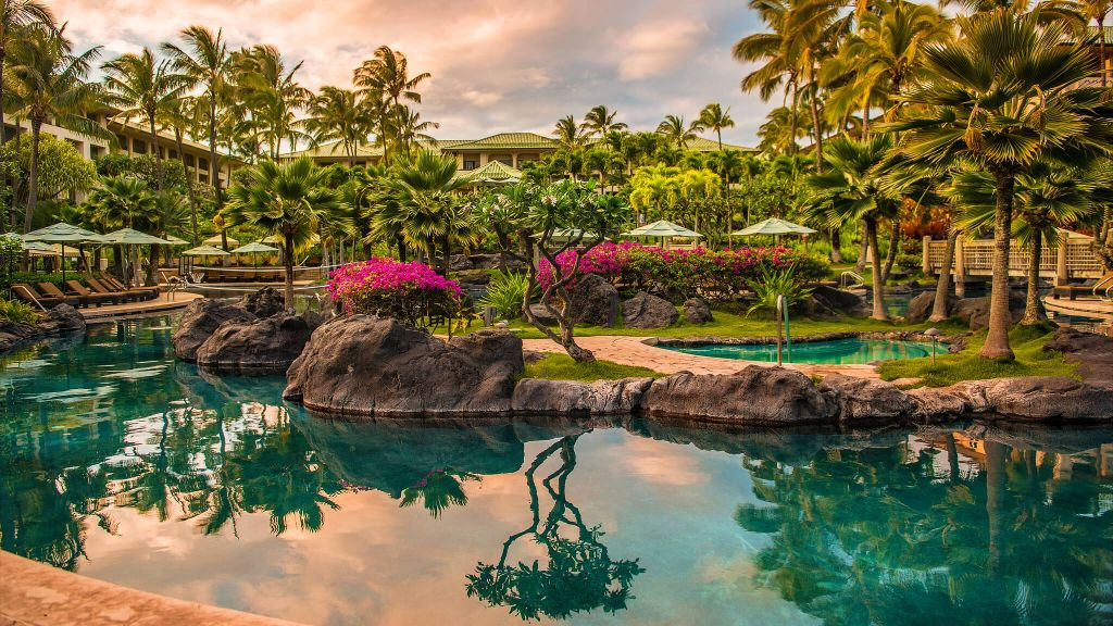 honeymoon destination hawaii luxury hotels