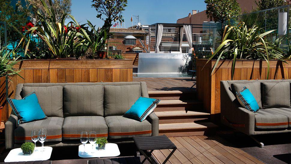 Marvelous Rooftop Patio Pool