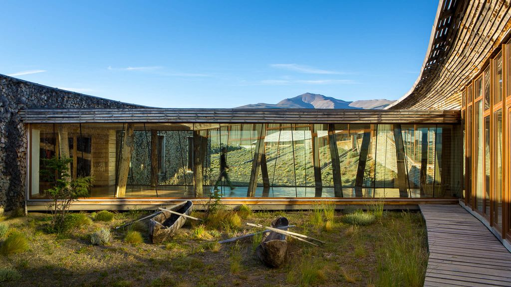 Tierra patagonia hotel spa torres del paine national for Top 100 hotels