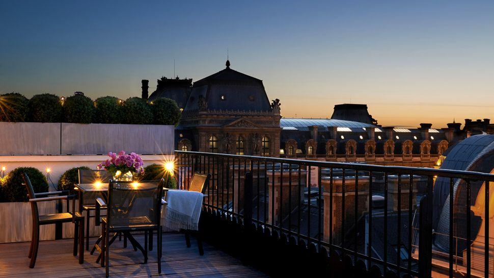 Grand hotel du palais royal le de france france - Grand hotel palais royal ...