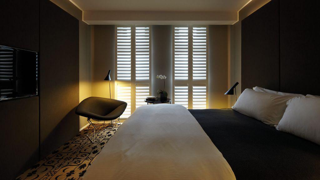 Burbury Hotel Room Service