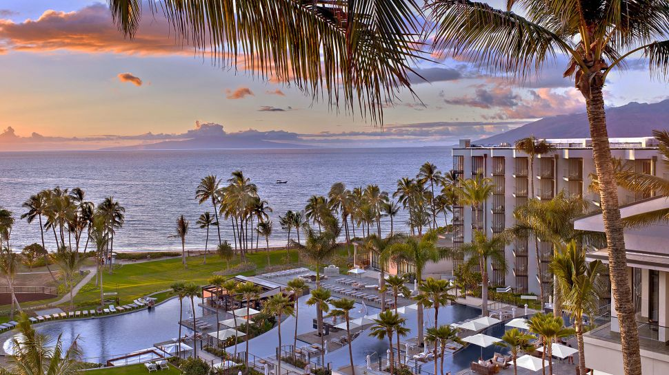 beachfront hotels, best all inclusive resorts, best beach resorts, best beach vacations, pool and beach view, Maui,Hawaii