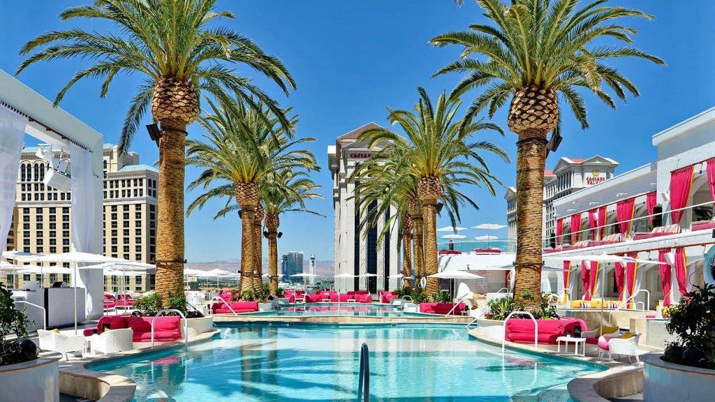 Vegas Pool Party Drais Beach Club Nightclub Zedd Chainsmokers Alesso Aoki