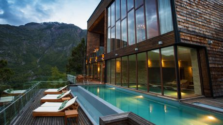 Uman Lodge - Futaleufu, Chile