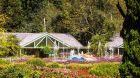 Unique Garden Hotel Spa fountain