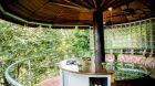 Unique Garden Hotel Spa outdoor bar area
